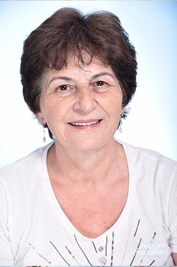 R. Ágnes